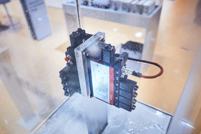 C7015 – il PC industriale ultra-compatto predisposto per una integrazione diretta sulla macchina