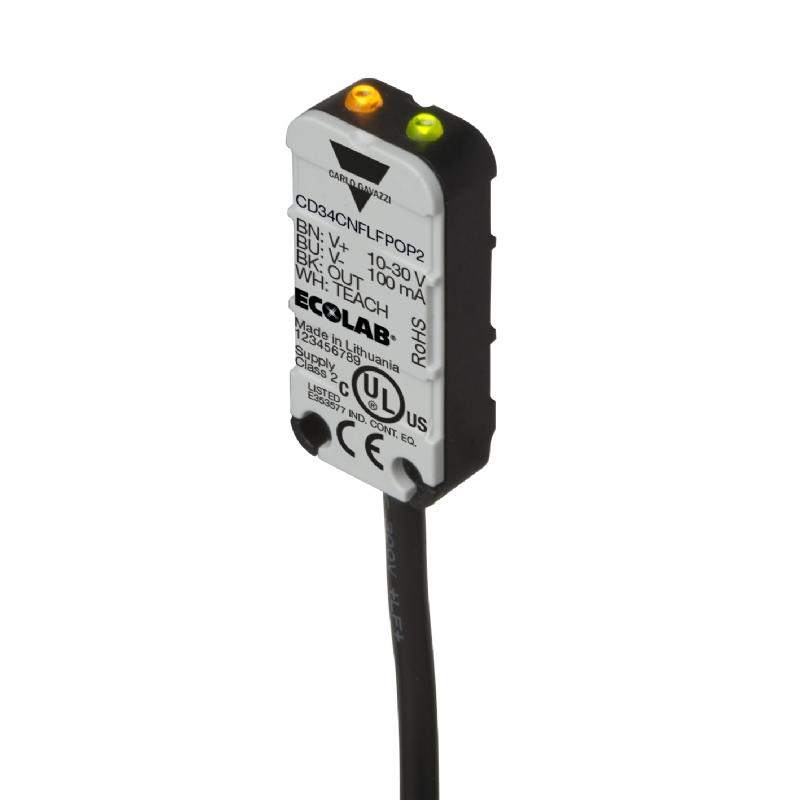 03. CD34 - Sensore capacitivo con teach remoto