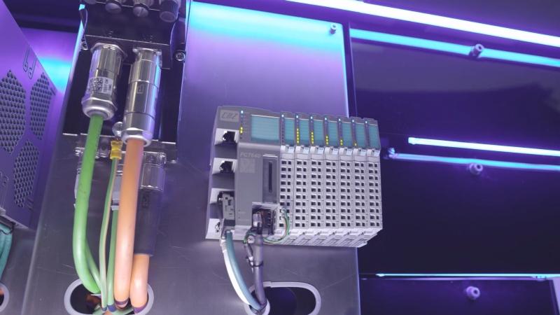 Controllore programmabile modulare