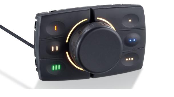 ecomatPanel: dispositivo di ingresso robusto e multifunzionale