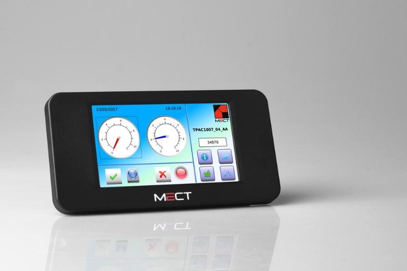 TPAC1007 - PLC+HMI+I/O con monitor 4.3''