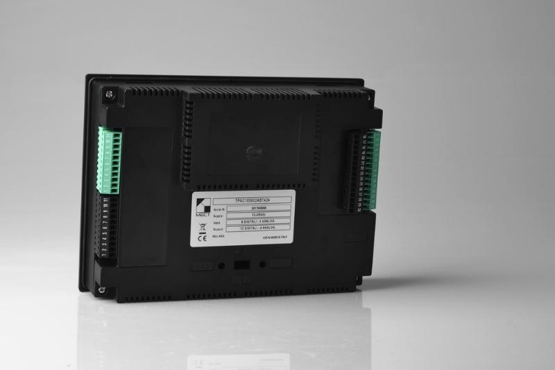 TPAC100802 - PLC+HMI+I/O con monitor 7''