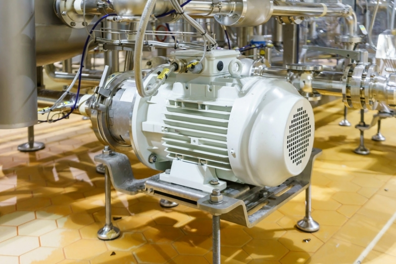 High voltage solutions for 10kW motor drives (Narrated presentations in English and Italian)