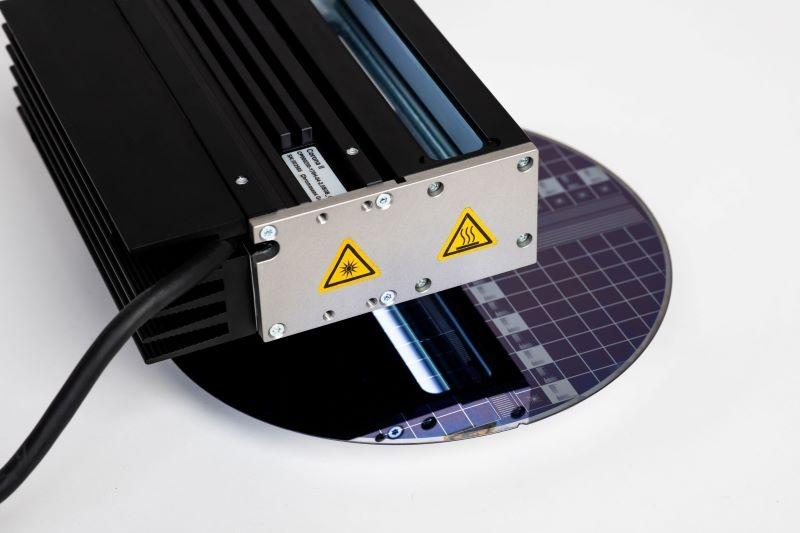 Corona II LED line scan light