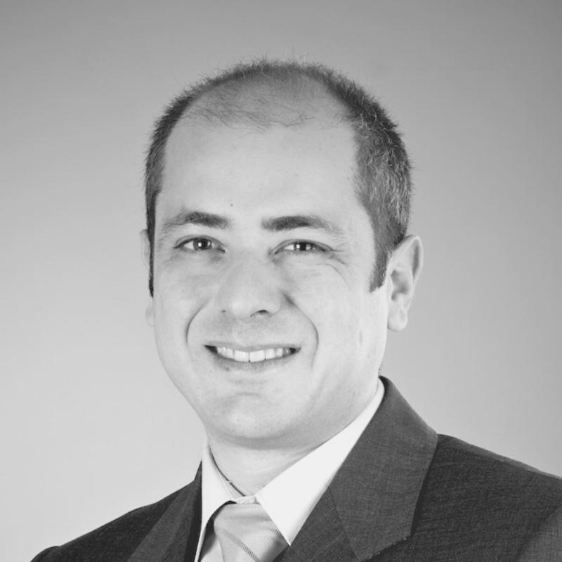 Mario  Savini